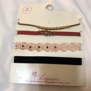 Choker necklace set of four